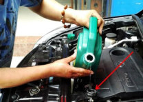 汽车防冻液需要换吗?多久换一次?